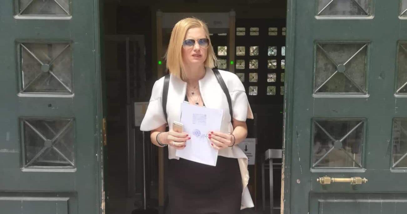 Μηνυτήρια αναφορά κατέθεσε η Ράχηλ Μακρή κατά των Δημάρχου Παλλήνης και του Γενικού Γραμματέα του Δήμου